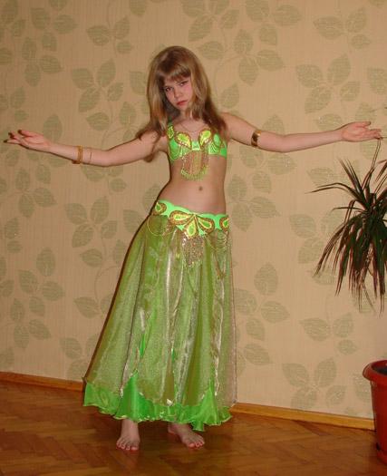 Как сделать костюмы для танцев своими руками