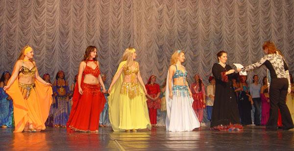 http://www.beledi.ru/koncert/oriental_2007/06_03/2.jpg